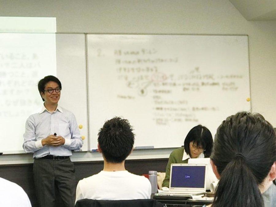 名商大ビジネススクールで講師を務める山本社長 担当科目はリーダーシップディベロップメント